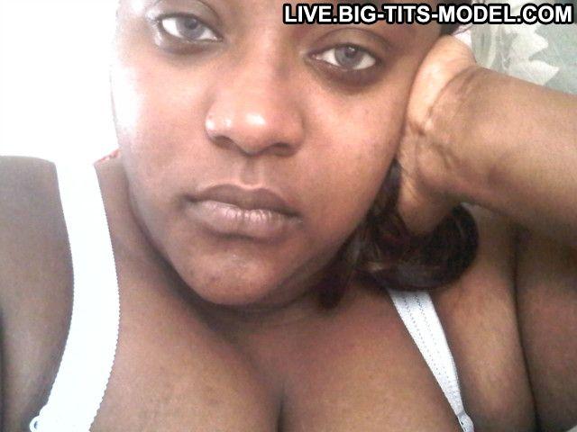 Sxychoc01 Ebony Bisexual 5 Stars Brown Eyes Brown Hair Live