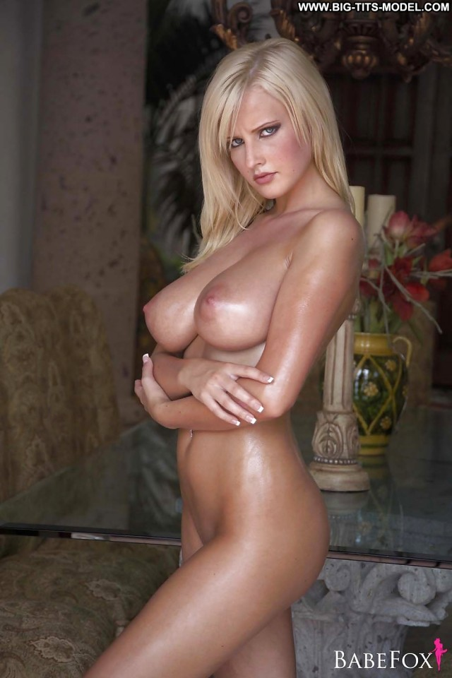 Tatum Private Pics Blonde Big Boobs Big Tits
