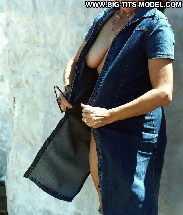 Rochell Private Pictures Denim Sexy Big Boobs Amateur Boobs