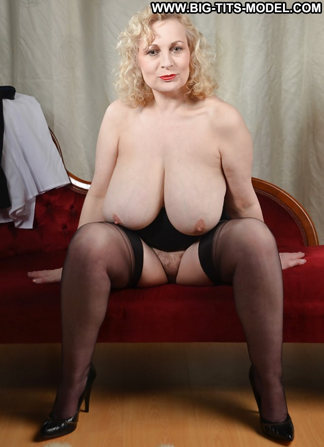 Liberty Private Pictures Big Tits Hot Mature Blonde -9751