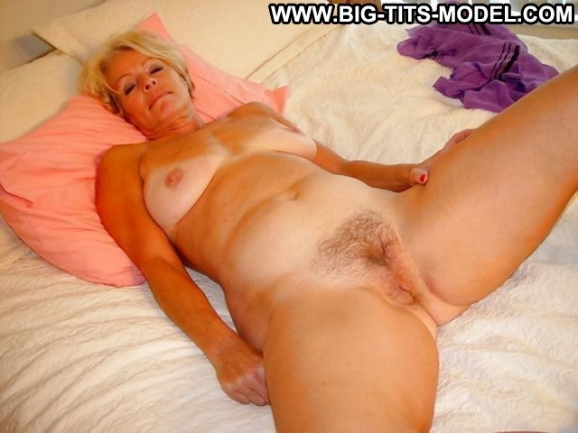 Claire Private Pictures Hot Big Boobs Gorgeous Milf Granny Mature Big