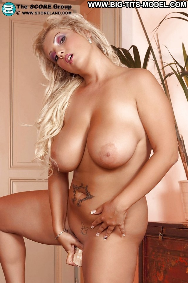 Elli Private Pictures Boobs Big Tits Hot Amateur Blonde Big Boobs