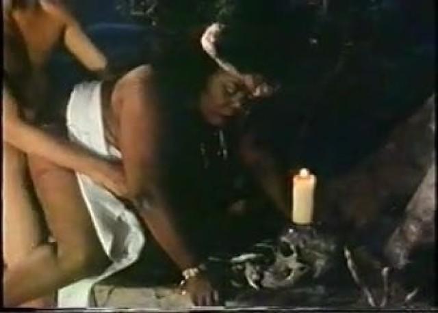 Malorie Video Boobs Hot Sexy Bbw 3d Movie Vintage Porn Bed Black Big