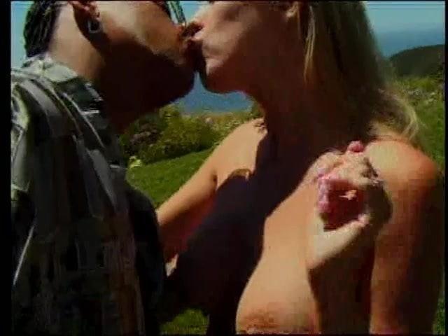 Mayra Video Big Boobs Pussy Pretty Black Bed Boobs Blonde 3d Blowjob