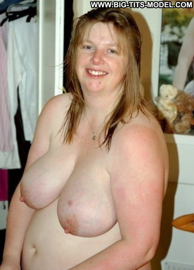 Lady Big Tits Stolen Private Pics Porn Hot Saggy Tits Tits Big Boobs